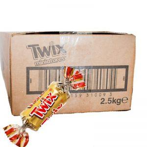 """Hel Låda Godis """"Twix"""" 2,5kg - 49% rabatt"""